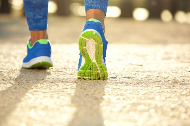 Does Walking Strengthen Hamstrings or Quads?