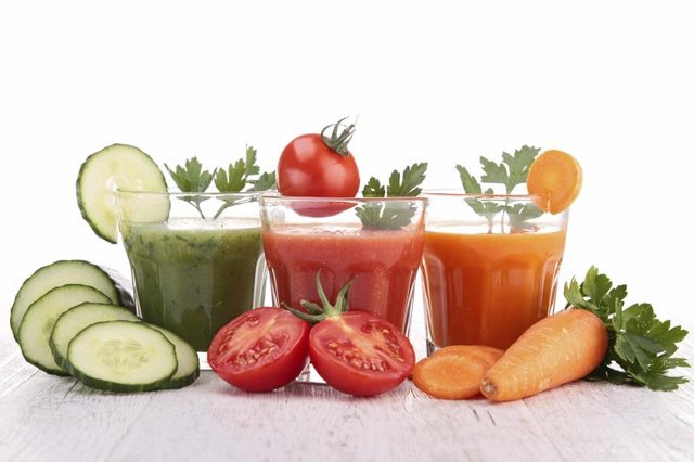 How to Make Your Own Juice Cleanse