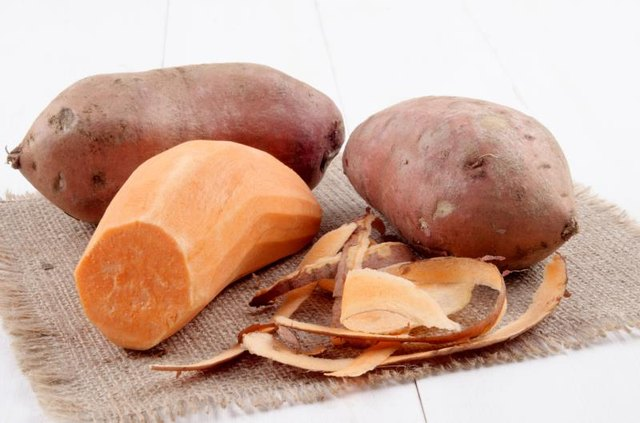 How to Bake a Sweet Potato for Babies