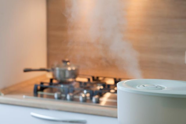 5 Things You Need to Know About Using A Humidifier for a Cough
