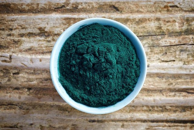 Benefits of Spirulina & Chlorella