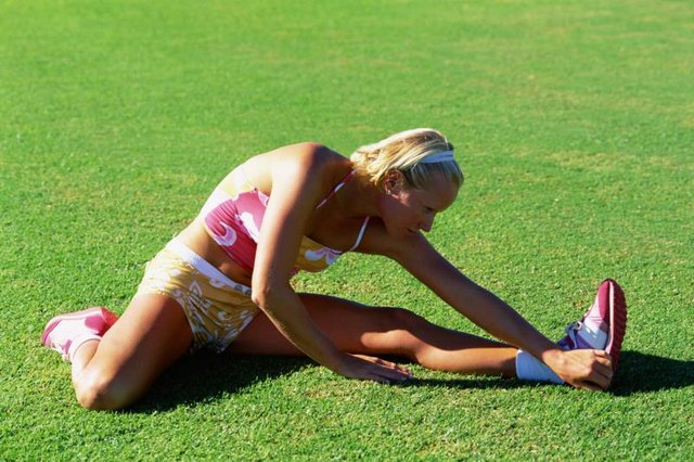 Stretching Glutes to Relieve Knee Pain