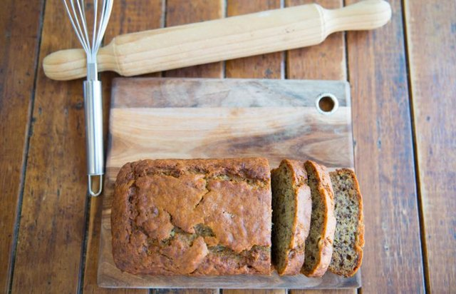 Calories in a Slice of Banana Nut Bread