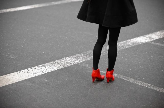 What-Not-to-Wear Tips for Tights & Shoes