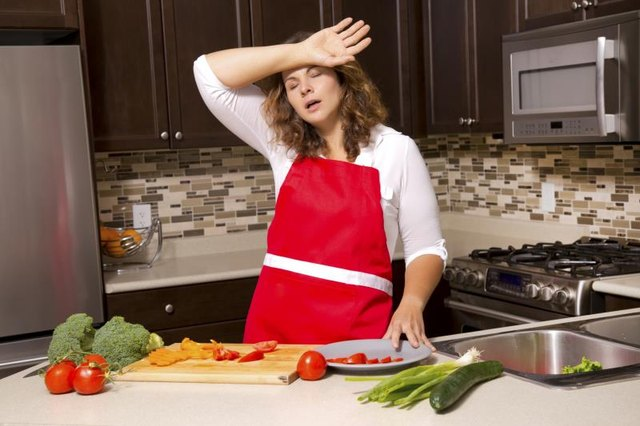 What Are the Dangers of Low Caloric Intake?