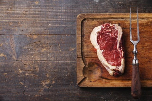 How to Check Steak For Spoilage