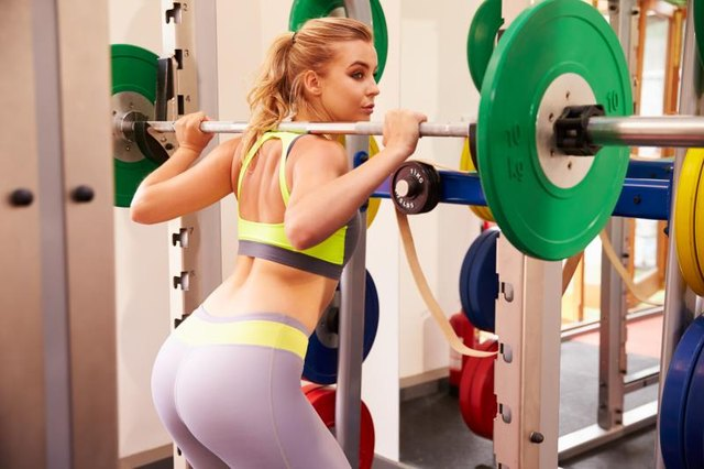 How to Make Weightlifting Squat Racks