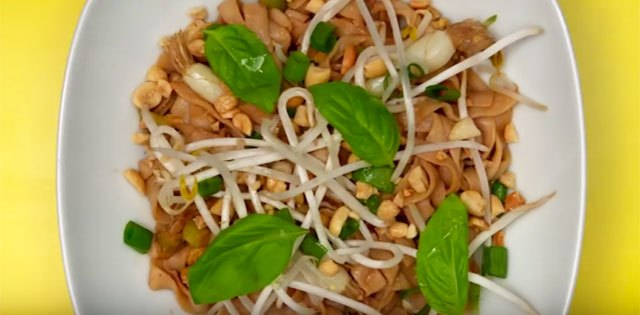 It's actually possible to make delicious pad thai in under 15 minutes. We'll show you how.