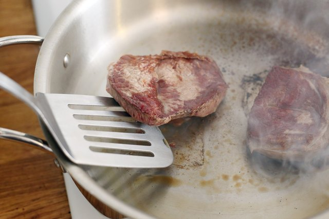 How to Cook Shoulder Steak in the Oven