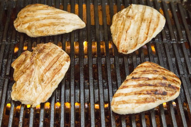 grilling chicken on gas grill breast