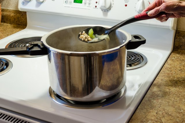 How to Pressure Cook Black-eyed Peas
