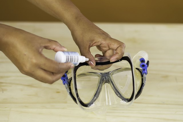 How to Clean a Snorkel Mask