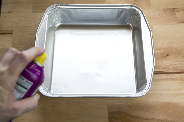 How to Keep Brownies From Getting Hard Around the Edge of the Pan