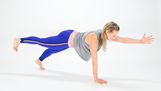 Cross Body Plank