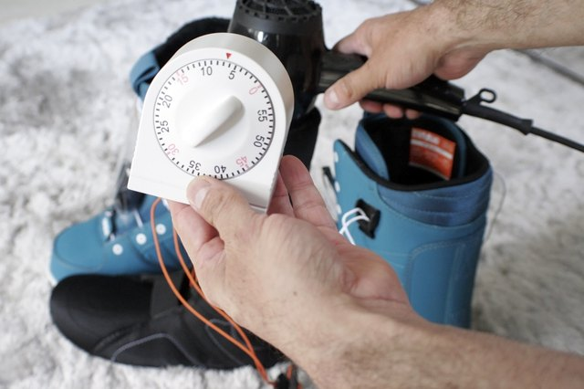 How to Mold Snowboard Boots
