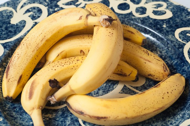 How to Make Baked Banana Chips
