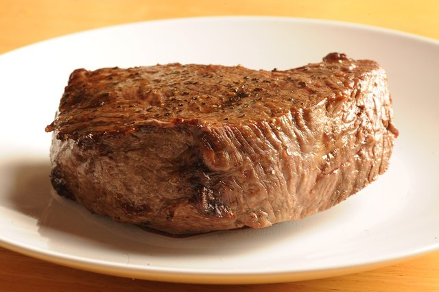 How to Cook Sirloin Steak in an Oven