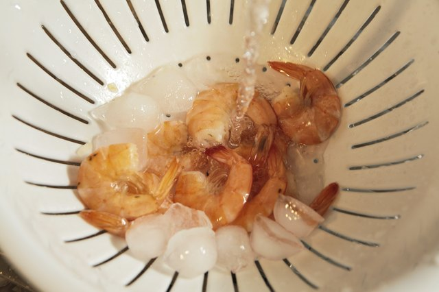 How Do I Thaw & Serve Frozen Cooked Shrimp?