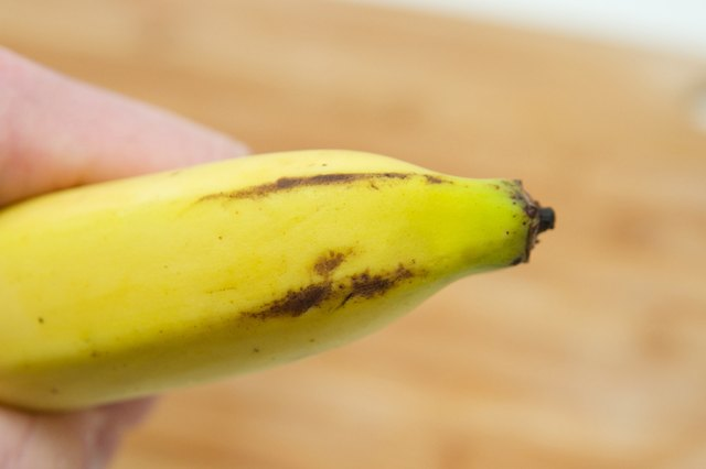 How to Tell If a Banana Has Gone Bad