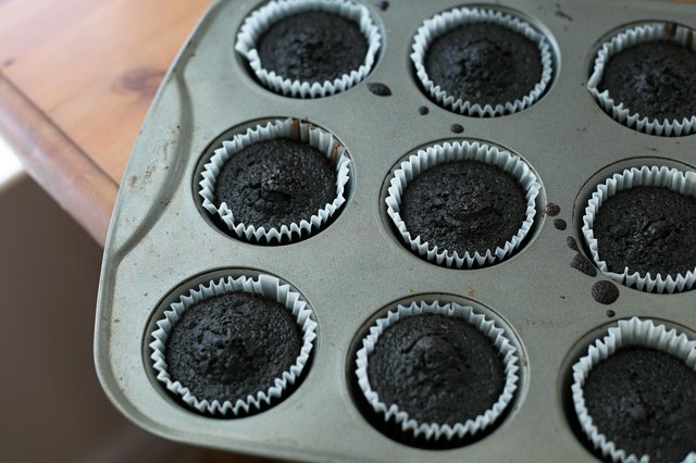 How to Keep Cupcakes Moist for the Next Day