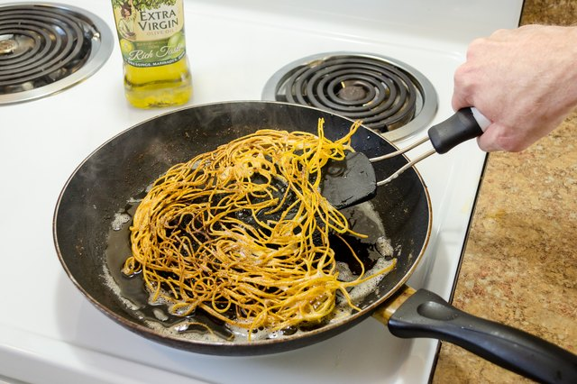 How to Fry Pasta