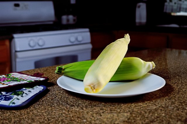 How to Microwave Corn on the Cob With Husks