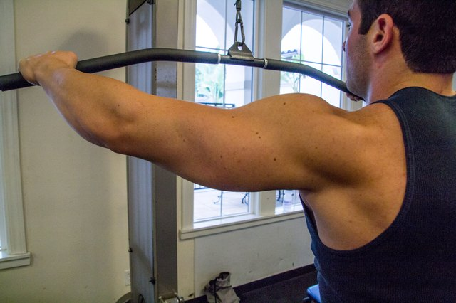 What Does a Straight-Arm Pulldown Work?