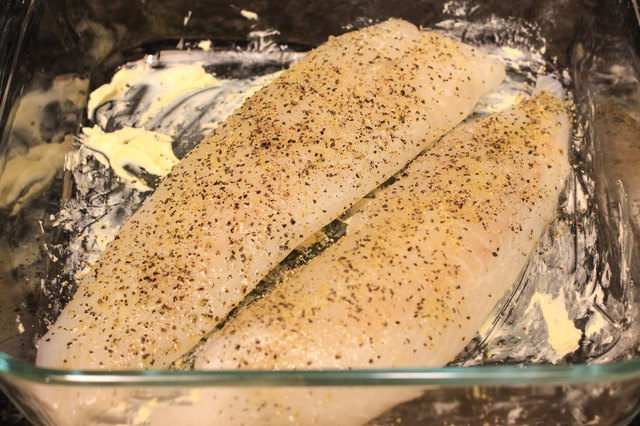 How to Season Tilapia for Baking