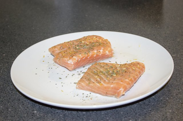 How to Grill a Salmon Fillet With the Skin