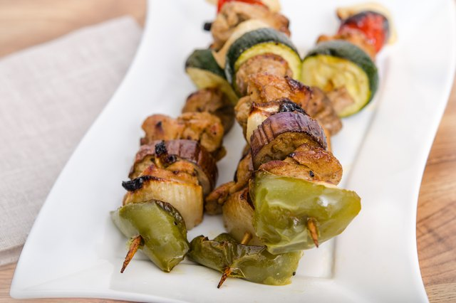 How to Cook Kabobs in a Conventional Oven