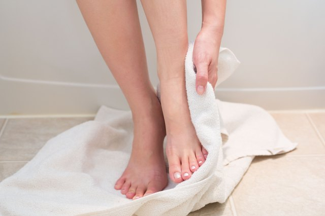 Homemade Foot Soak for Dry Feet