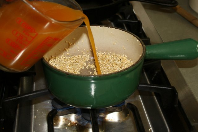 How to Cook Quinoa in Chicken Broth