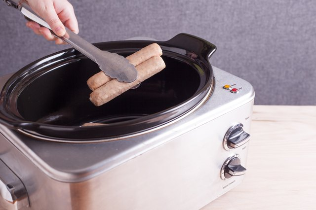 How to Cook Bratwurst in a Crock Pot