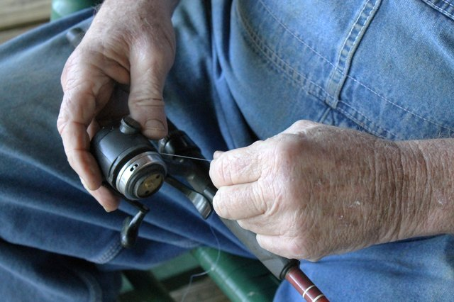 How to Thread a Zebco Fishing Reel