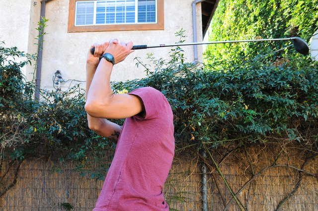 Drills for a Right Elbow Downswing in Golf