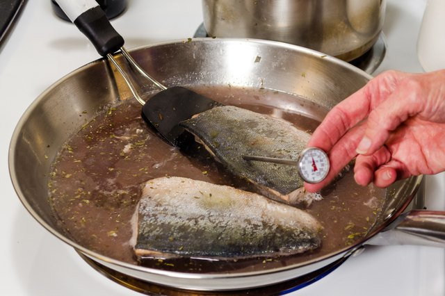 How to Poach Salmon on Top of the Stove