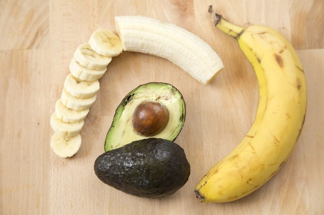 Natural Home Remedies for Damaged Hair With Banana & Avocado