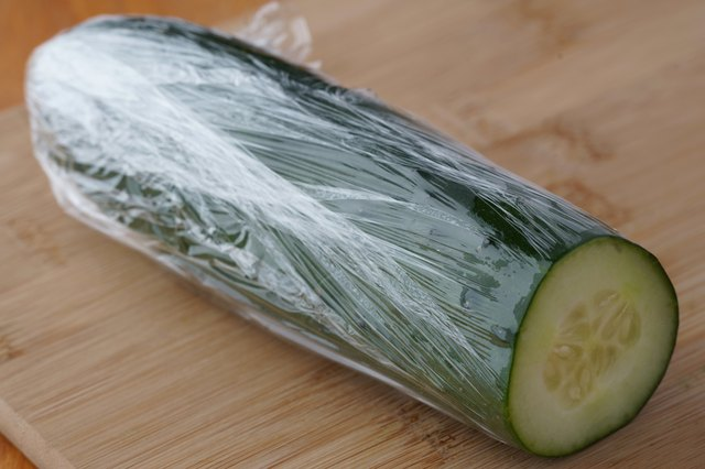 How to Make a Cucumber Last Longer After I Cut It