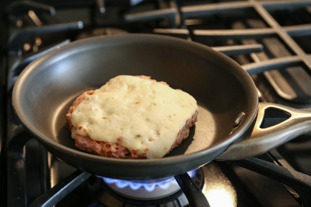 How to Cook Ground Turkey on the Stove