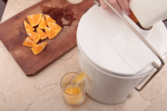 How to Juice Oranges With Skin