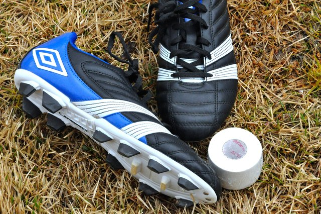 How to Spat Your Football Cleats