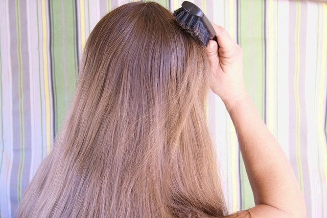 How to Choose a Boar Bristle Hairbrush