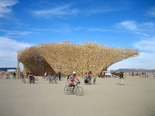 Uchronia, a 200 foot long, 100 foot wide, 50 foot tall wooden structure at Burning Man 2006.