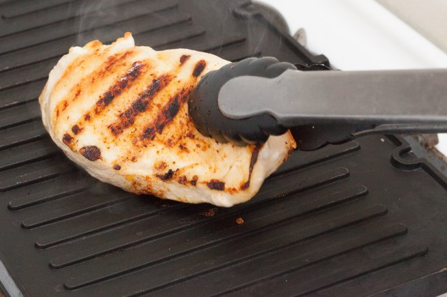 How to Cook Chicken on a Grill Pan