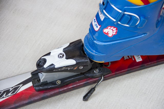 How to Set the DIN on Ski Bindings