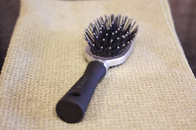 How to Sterilize Hairbrushes