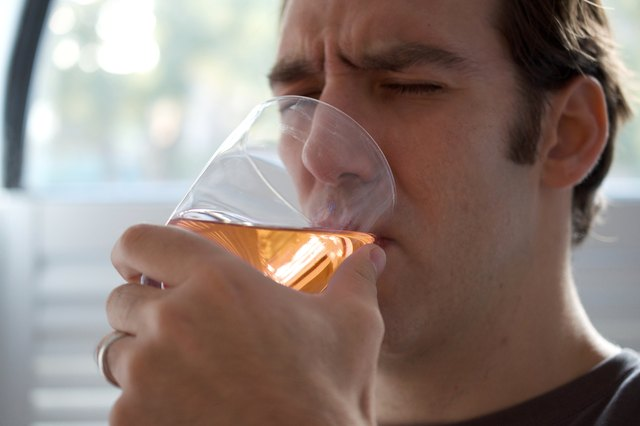 How to Hydrate Your Body After Drinking Alcohol
