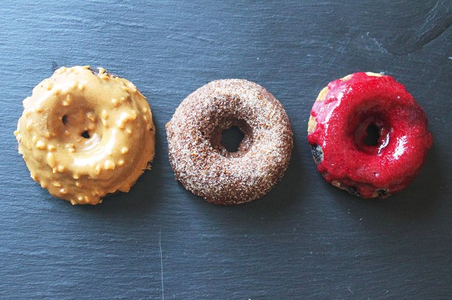 These gluten- and grain-free doughnuts are incredibly delicious and ...