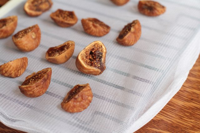 How to Dry Figs at Home