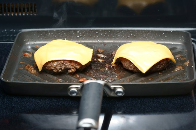 How to Cook a Good Burger on the Stove